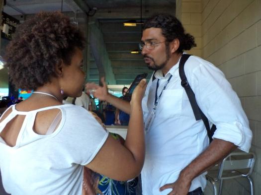Lucicarla Lima conversa com Yuri Wanderley sobre o novo AEW. Foto: Bira Mendes