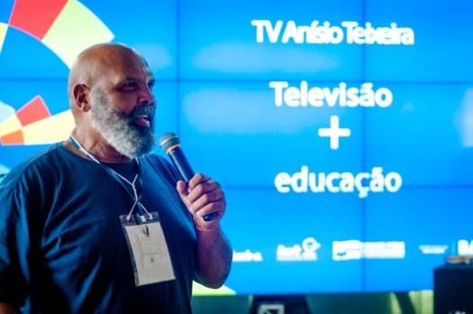 Professor Nildson Veloso, Coordenador dos jogos teatrais. Foto: Peterson Azevedo.