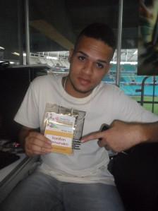 O estudante-repórter Roniton Fernandes. Foto: Raulino Júnior