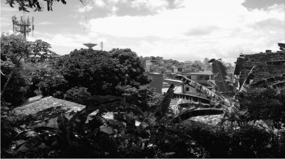 """Fig. 1: captura de tela feita do clipe oficial da música """"Soteropolitana"""". Clique na imagem para assistir ao clipe."""