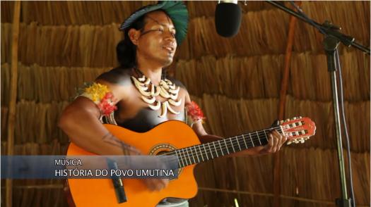 Fig.1: Ademilson Umutina em imagem do videoclipe oficial de sua música. Imagem: captura de tela