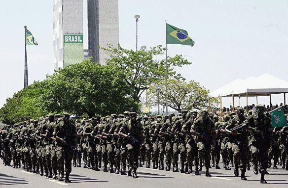 1024px-brazilian_army_parade