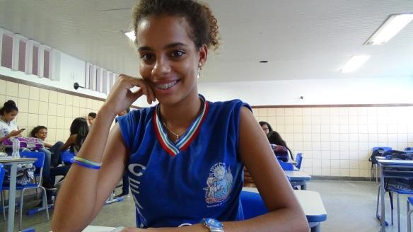 """Fig. 1: Andressa Falcão: """"A gente precisa pesquisar e analisar os fatos"""". Veja enquete no final desta postagem."""