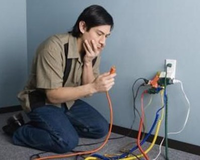 prevencao-acidentes-domesticos-eletricidade-choques