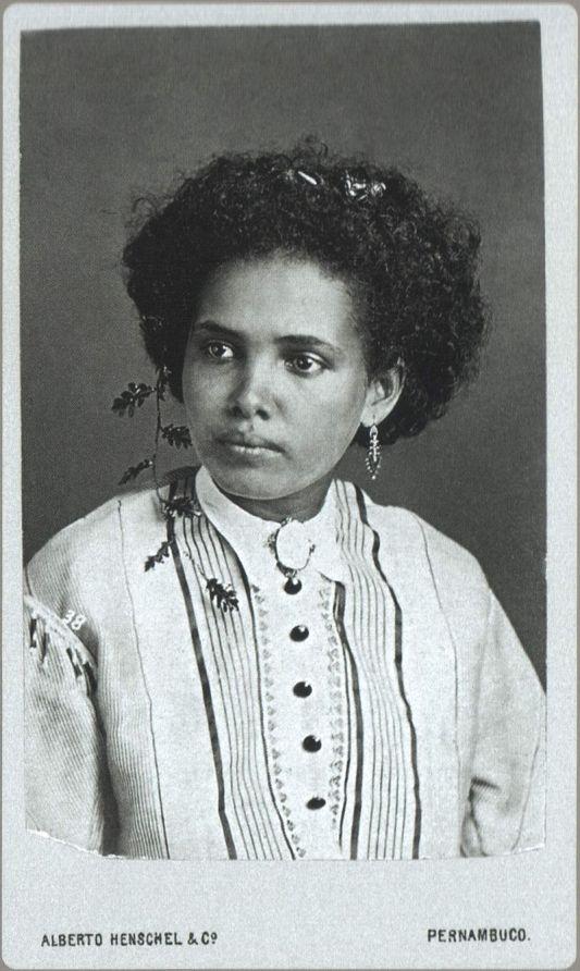 https://pt.wikipedia.org/wiki/Afro-brasileiros#/media/File:Alberto_Henschel_Pernambuco_2.jpg